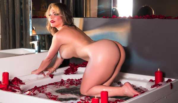 Sharon Stiller Ts