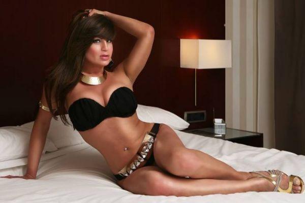 Escort Alessandra Shemale, Hot Girl In Paris