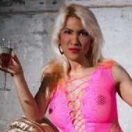 Michelle Thai, Transvestite (TV)