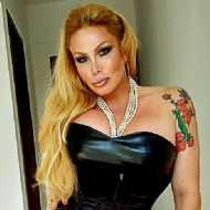 Brigitte, transsexual (pre-op)