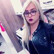 Reea Zavir, transsexual (pre-op)
