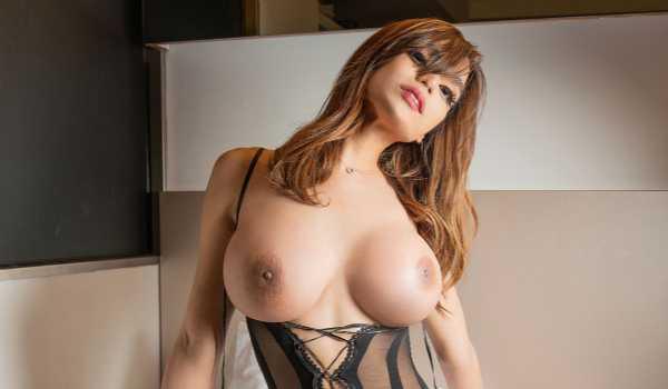 Angela Lagreta Ts